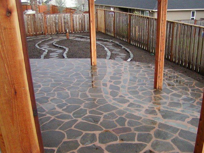 Flagstone patio & path