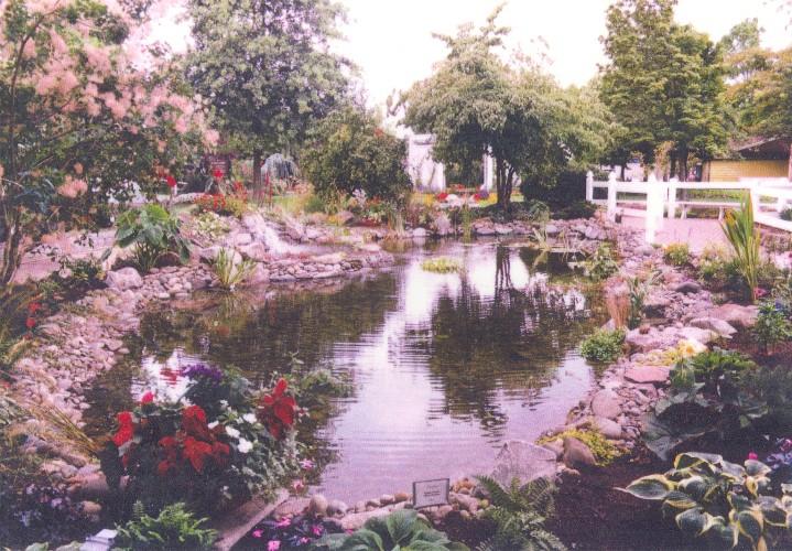 Oregon state fair koi pond